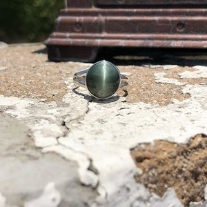 Jewelry - Cats Eye Sterling Silver Ring Sz 8